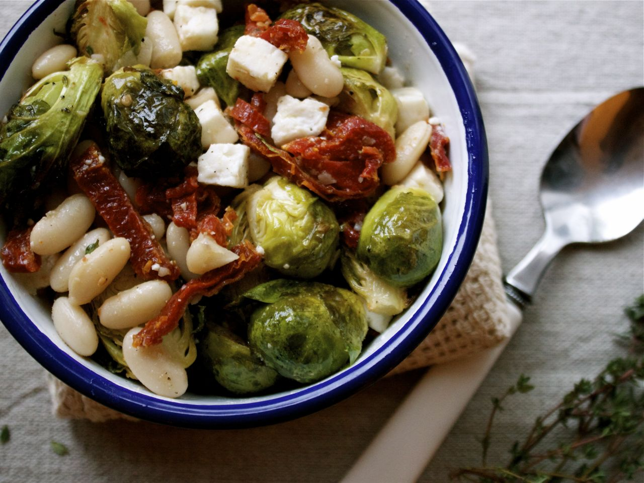 Thyme Roasted Brussels Sprouts & Cannelini Beans