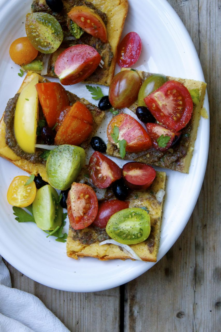 Heirloom Tomato & Onion Tartine on Chickpea Flatbread