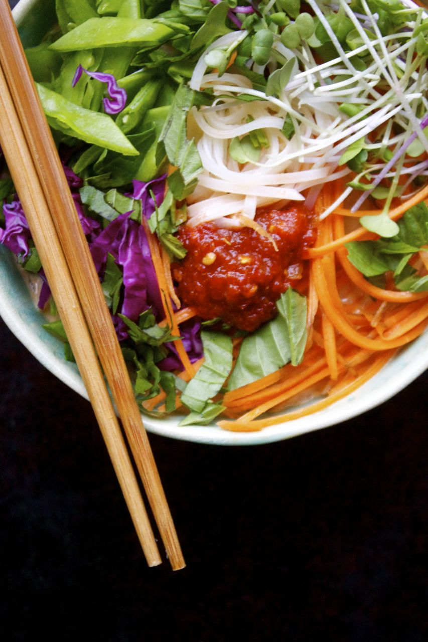 10 Minute Thai Red Curry + Veggie Noodle Bowl