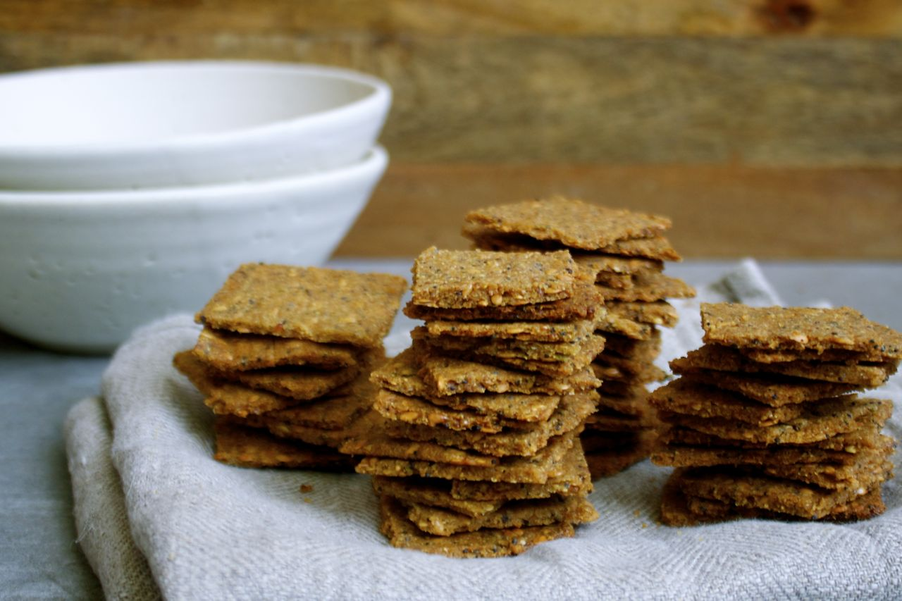 The Essential Cracker: Quinoa, Flax + Poppyseed (Vegan, Gluten-Free ...